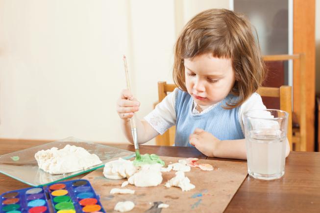 Những điều mẹ cần tránh khi bé biếng ăn