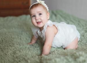 Táo bón là gì? Cần làm gì khi trẻ 5 tháng bị táo bón