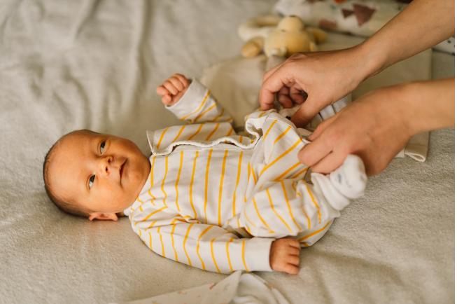 trẻ 5 tháng bị tiêu chảy
