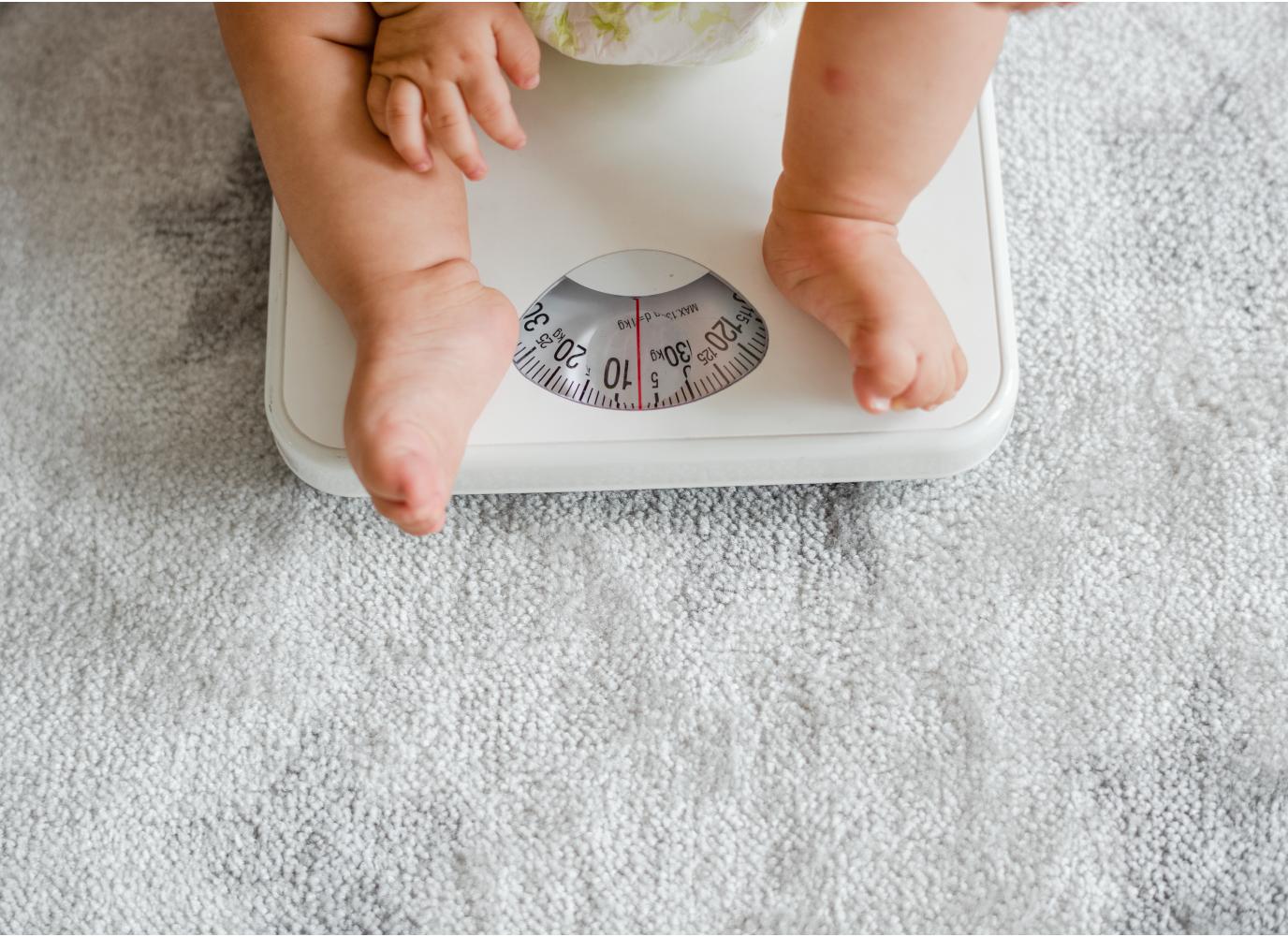 Nguyên nhân, dấu hiệu trẻ 5 tháng không tăng cân