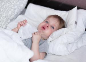 Trẻ 6 tháng bị ho: Nhận biết nguyên nhân & cách điều trị đúng đắn