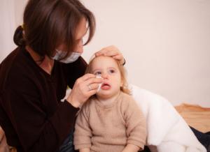 Bật mí những cách điều trị cho bé 7 tháng bị sổ mũi