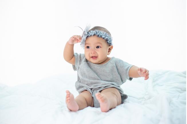 trẻ 7 tháng bị sốt