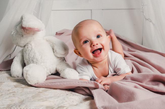 trẻ 7 tháng chưa mọc răng