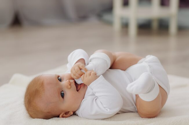 trẻ 8 tháng bị ho