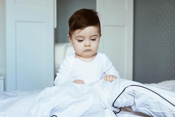 Mẹ phải làm gì khi trẻ 9 tháng biếng ăn?