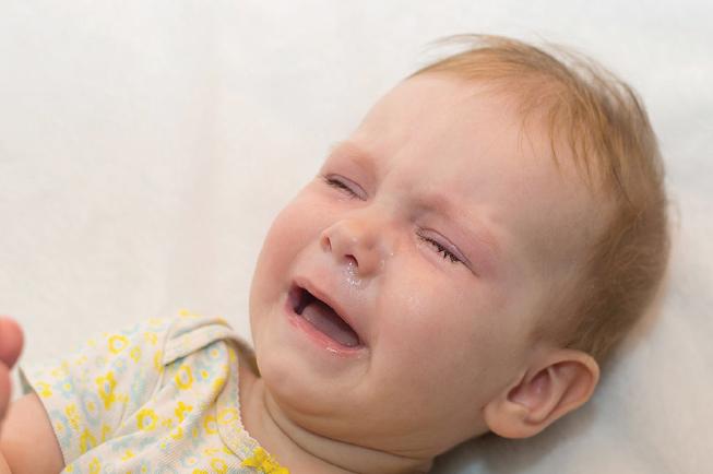Mẹ cần nhận biết các dấu hiệu ho có đờm ở bé để sớm chữa trị