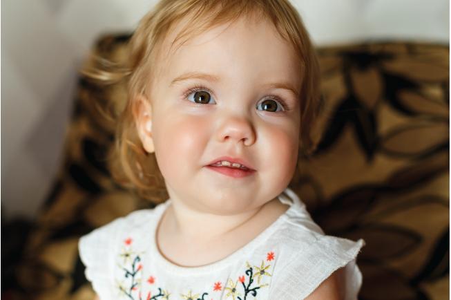 2 tuổi là độ tuổi mà con đang hoàn thiện về răng nên hiện tượng sốt rất dễ xảy ra