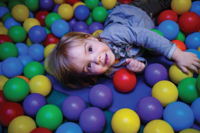 Trẻ 2 tuổi là mẹ đã có thể cho con dùng thuốc tẩy giun định kỳ