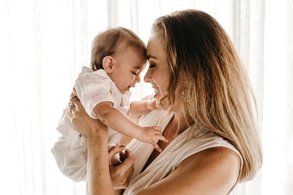 Đây là cách chăm sóc bé sơ sinh tại nhà rất nhiều bà mẹ trên thế giới áp dụng!