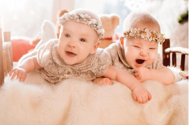 Tình trạng bé 2 tuổi ăn hay bị nôn cũng có thể dấu hiệu cho cha mẹ biết con đang bị nhiễm khuẩn cấp tính
