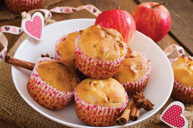 Muffin mạch táo/ muffin mạch dâu là một món ăn dặm lạ miệng, thơm ngon