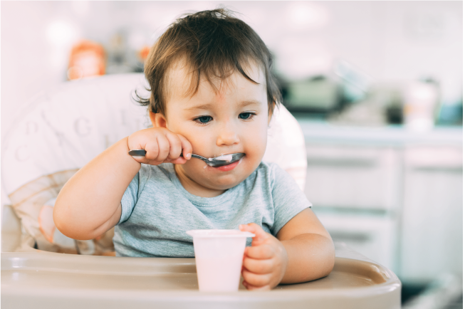 Nhiều gia đình có cách chăm sóc thiếu khoa học dễ khiến bé biếng ăn