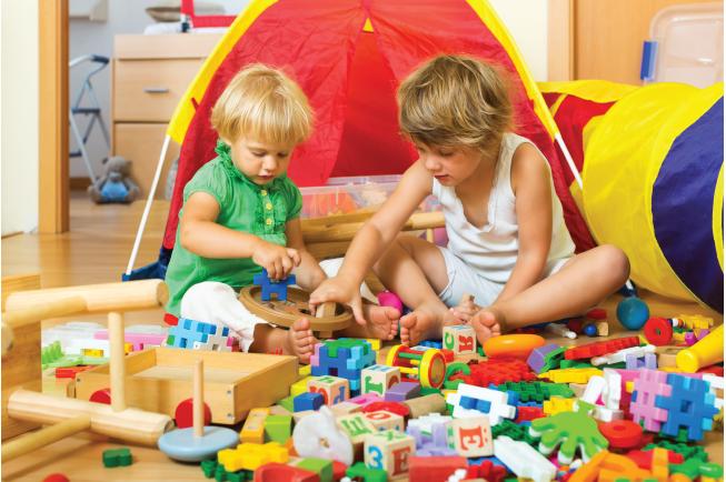 Chơi ghép hình rèn luyện khả năng tư duy giải quyết vấn đề cho bé