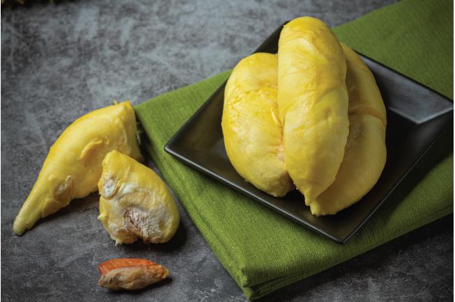 Mẹ sau sinh không nên ăn sầu riêng để đảm bảo sức khỏe cho mình và bé