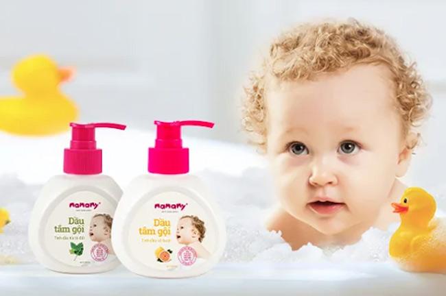 Ưu tiên sản phẩm tắm gội chuyên dụng có thành phần thiên nhiên, an toàn, lành tính