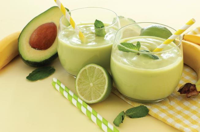 Bơ là một loại thực phẩm rất giàu chất béo không bão hòa lành mạnh giúp tăng cường sự phát triển của não bộ
