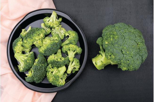 Loại rau họ cải này là nguồn thực phẩm có chứa chất xơ, folate và canxi, thậm chí có thể giúp ngăn ngừa ung thư