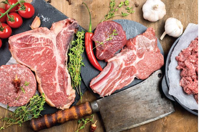 Học viện Nhi khoa Hoa Kỳ khuyến nghị thịt là thực phẩm đầu tiên vì đây là nguồn cung cấp protein, kẽm và sắt tuyệt vời