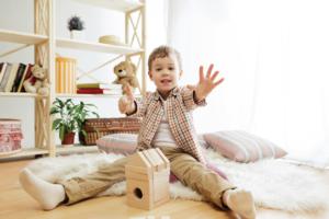 Đồ chơi gỗ cho bé 2 tuổi & Những điều mẹ cần biết